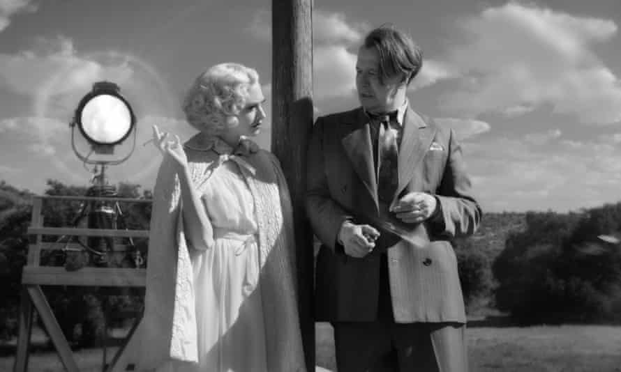 Amanda Seyfried and Gary Oldman in David Fincher's Mank.