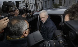 Corbyn leaves for Syria airstrikes debate