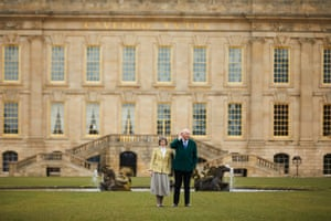 The Duke and Duchess of Devonshire in front of Chatsworth House