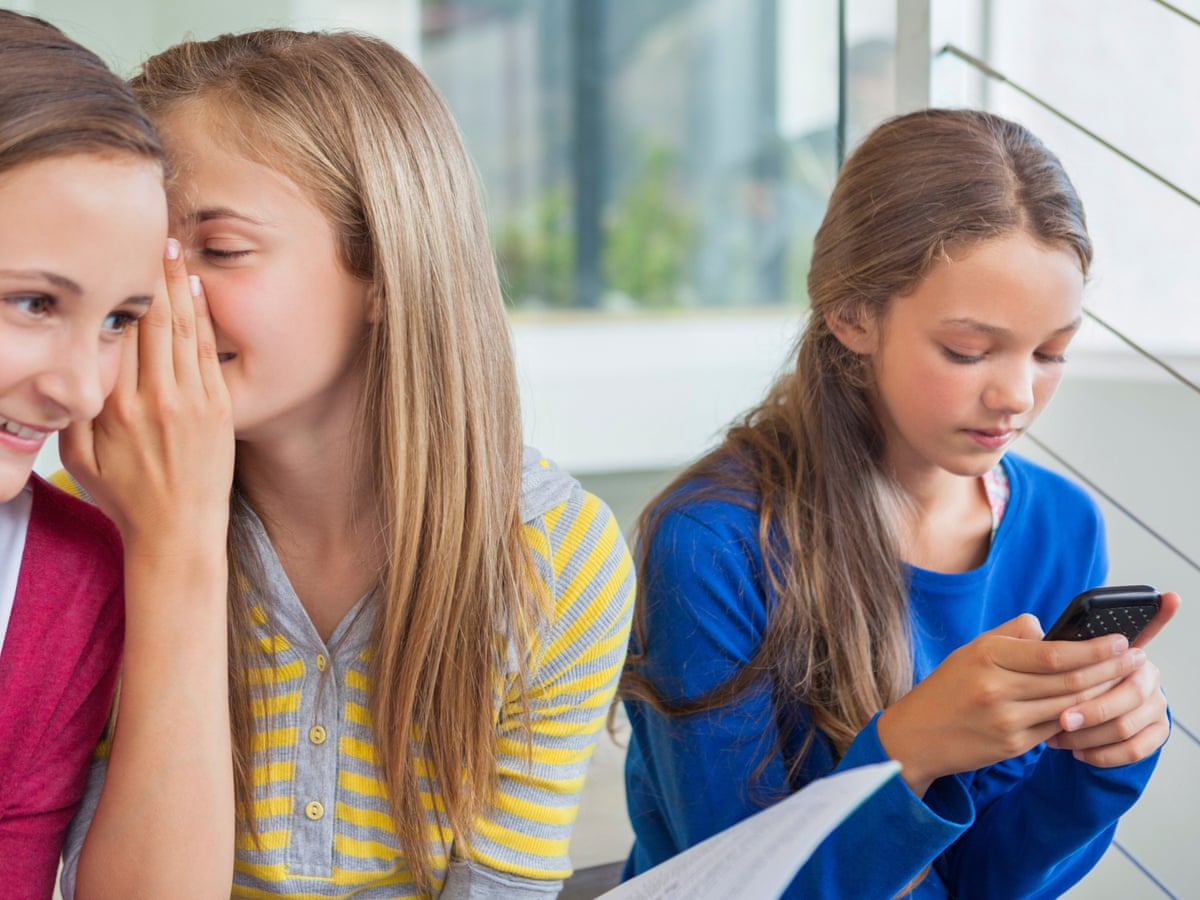 Who is to blame for early teenage sex