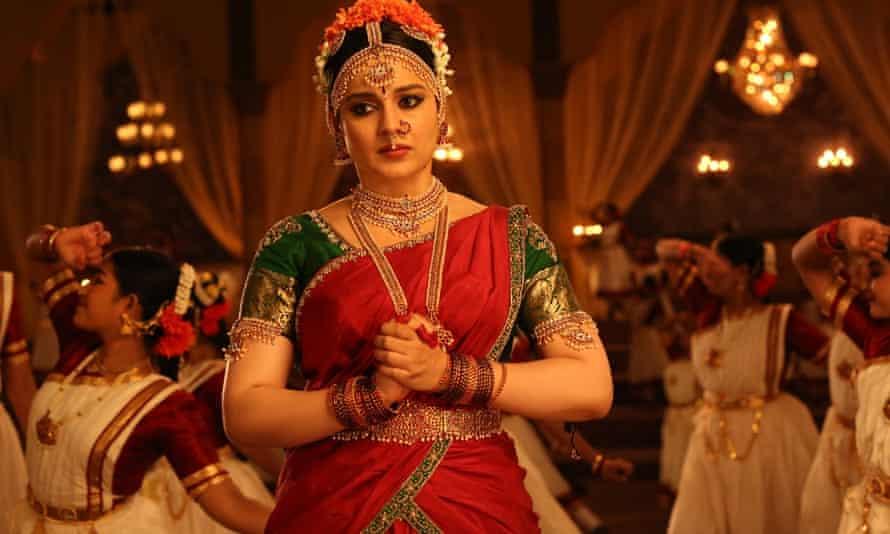 Kangana Ranauat as J Jayalalithaa in Thalaivii.