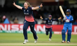 India chasing 229 to beat England in Women's Cricket World Cup final – live!