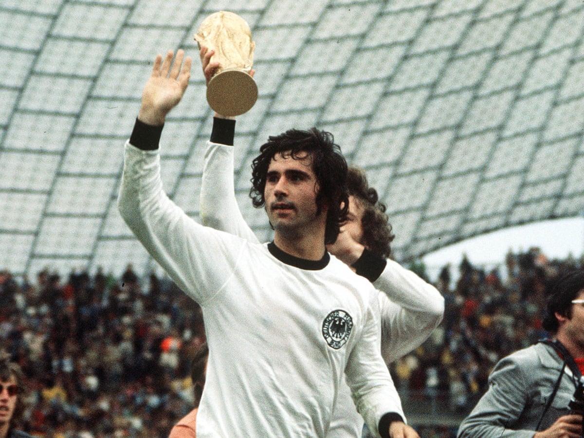 The greatest striker': Gerd Müller, legendary German forward, dies aged 75  | Germany | The Guardian