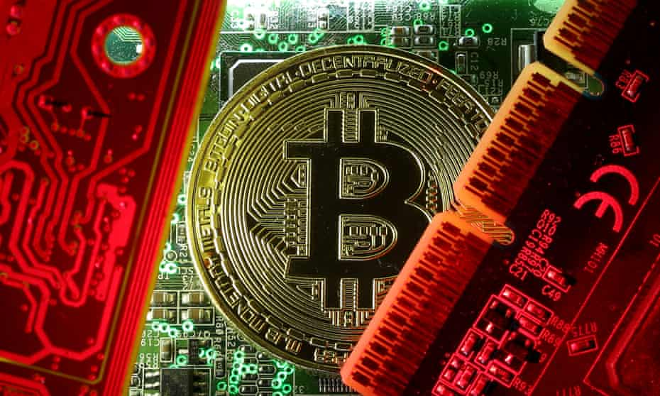 When demanding money to unlock a victim's data, cybercriminals are now more likely to simply ask for a figure in US dollars than specify a sum of bitcoin.