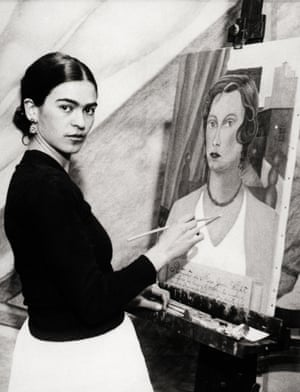 Frida Kahlo painting a portrait of Mrs Jean Wight, 1931