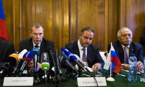 Russian officials give a press conference on the diplomatic crisis over the Skripal poisoning in Amsterdam, 4 April 2018.