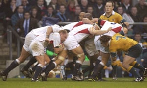 Neil Back drives a maul forward against Australia at Twickenham in 2002. Back was the last openside flanker to really lead the England pack, and was never adequately replaced.