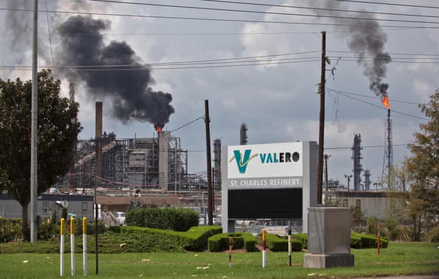 Smoke billows out from the Valero Saint Charles refinery in Norco.