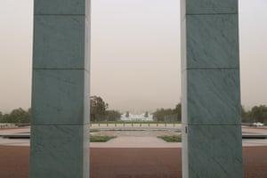 Framing the apocalypse