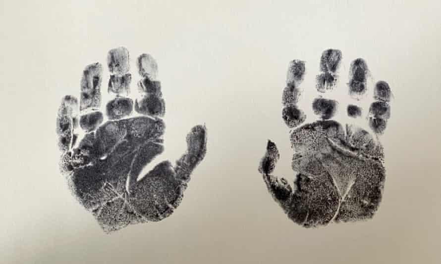 Finin's traces of Katie Allen's dead son's hand.