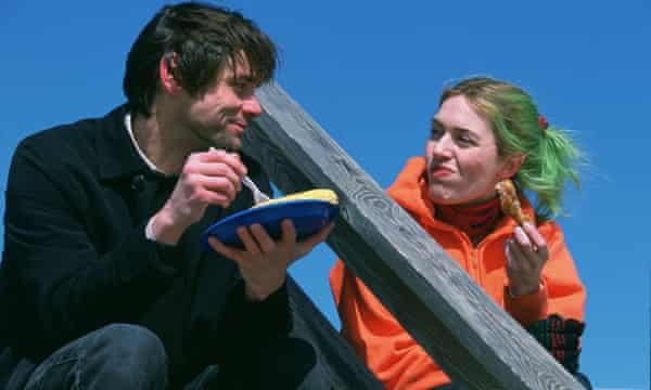 Jim Carrey and Kate Winslet in Eternal Sunshine of the Spotless Mind (2004).