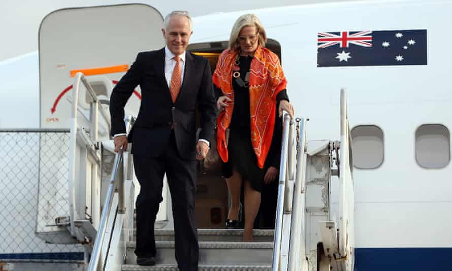 Malcolm Turnbull arrives with his wife Lucy Turnbull in Auckland on Friday. The Australian PM will discuss security, trade, welfare, investment and the issue of New Zealand citizens in immigration detention.