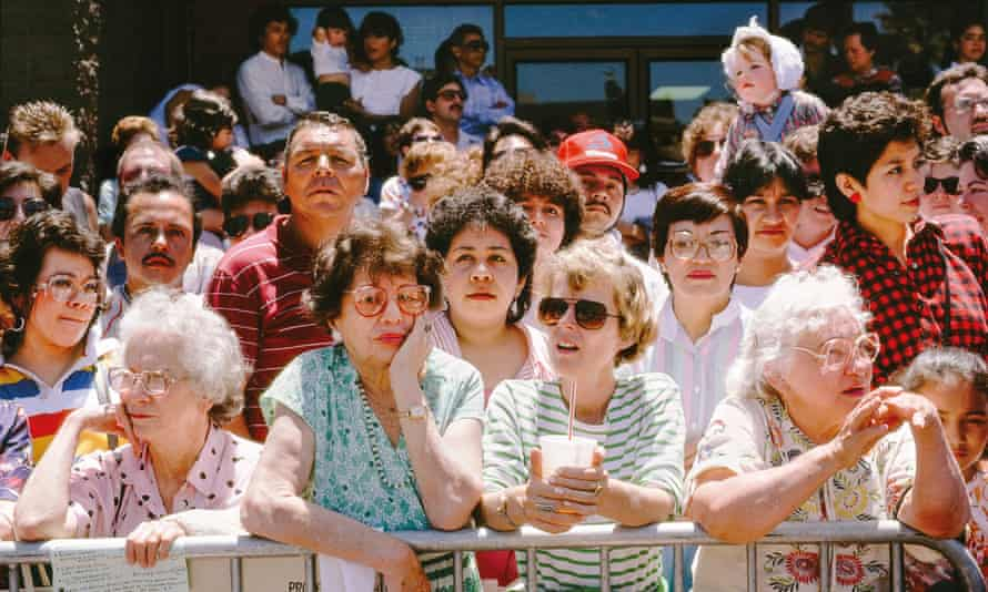 Crowd Waiting, 1986.