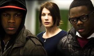 John Boyega, Jodie Whittaker and Leeon Jones in Attack the Block