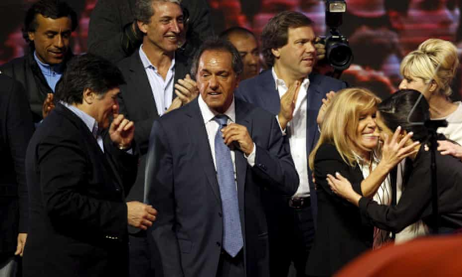 Argentina's ruling party presidential candidate, Daniel Scioli, looks set to face a second round run-off after early results suggested he failed to win an outright majority.