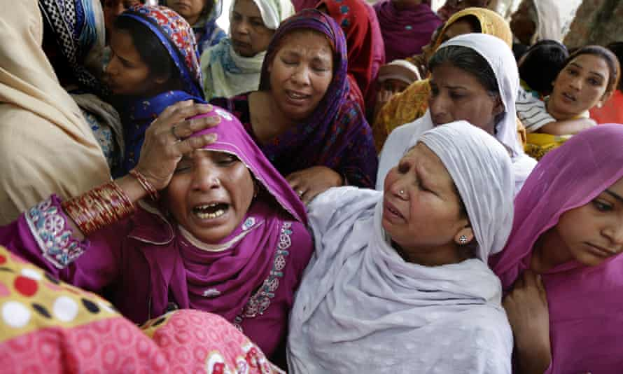 Pakistani Christian women mourn the death of a loved one killed in the Lahore bombing.