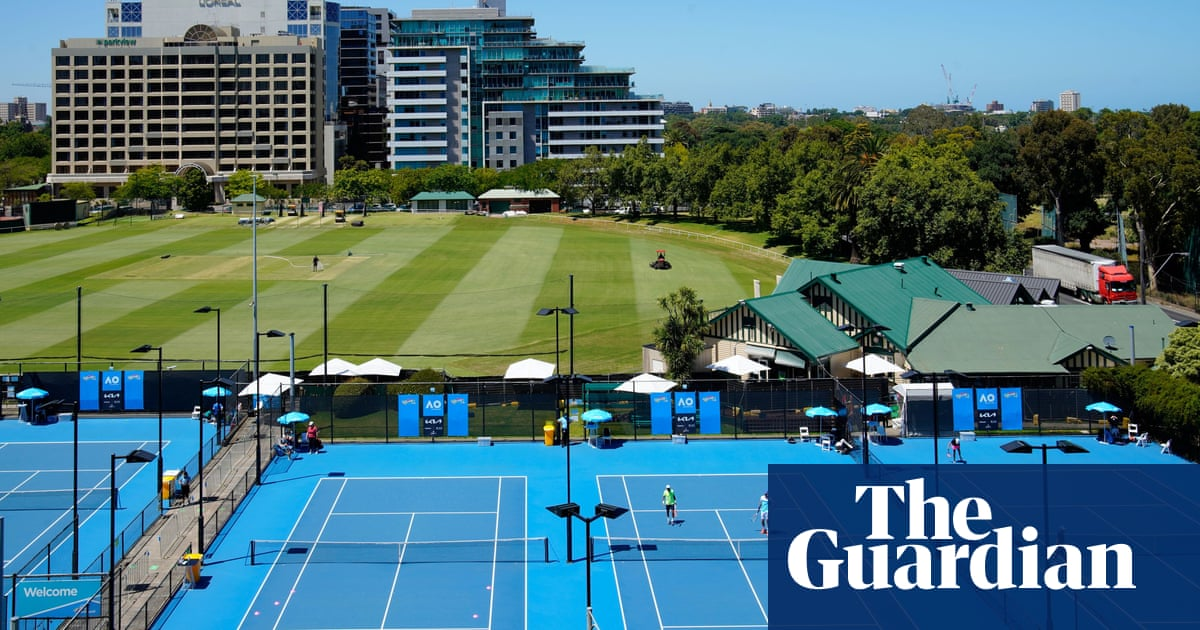 Tennis Australia confirms it will pay for players quarantine as cases linked to Australian Open rise
