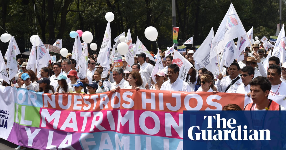 Mexico's gay couples fight backlash against same-sex marriage
