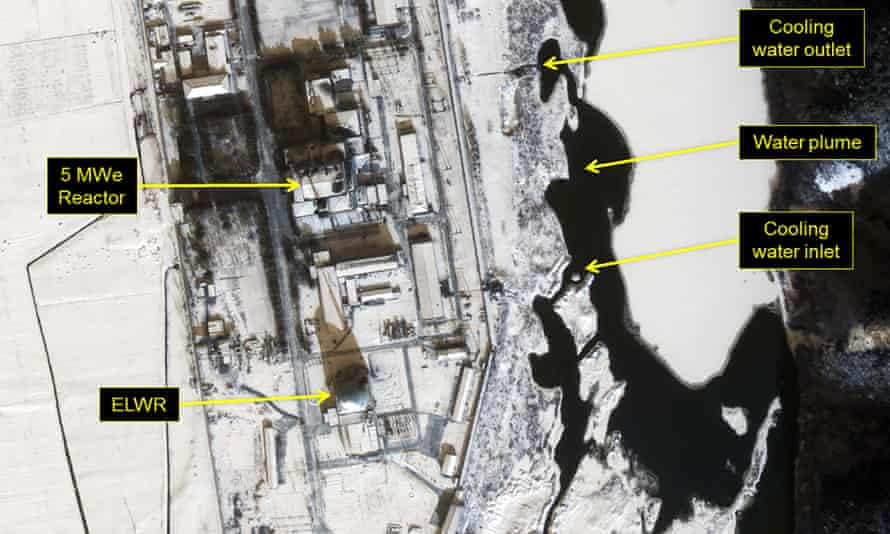A satellite image of North Korea's main nuclear site at Yongbyon on 22 January, with the water plume marked.
