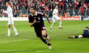 Roy Makaay celebrates after scoring early for Bayern at Real Madrid in 2007.