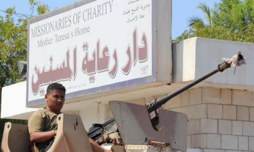 A Yemeni soldier guards the Missionaries of Charity retirement home