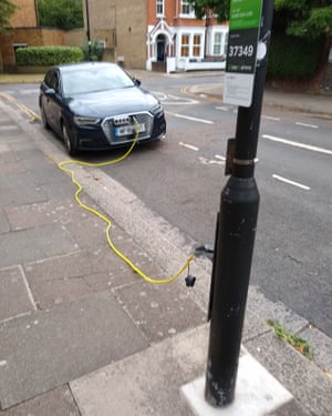 Dave Taylor's picture of a car with a trailing charging cable.