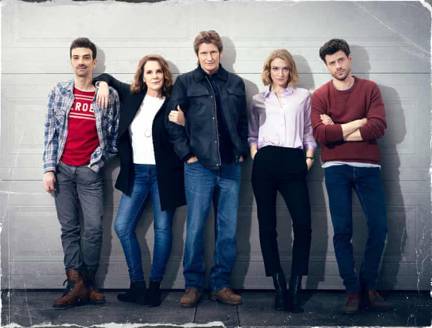 Perkins with (from left) Jay Baruchel, Denis Leary, Chelsea Frei and Francois Arnaud in The Moodys