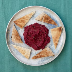 Hugh Fearnley-Whittingstall's beetroot and walnut hummus