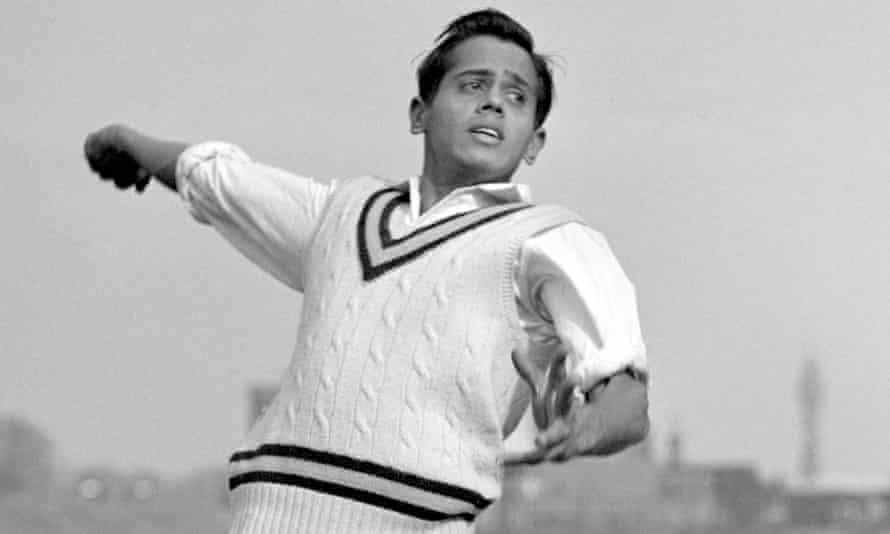 Srinivas Venkataraghavan is pictured bowling.