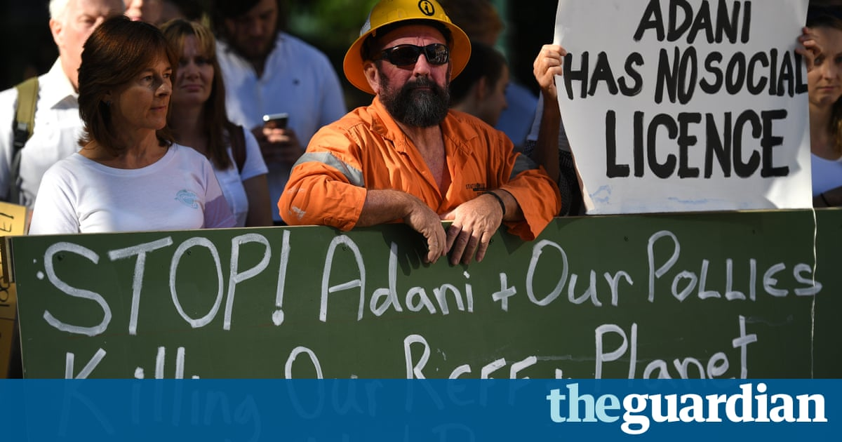 Barnaby Joyce condemns Queensland's refusal to process federal loan for Adani rail line