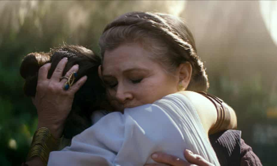 Actors Daisy Ridley and Carrie Fisher in Star Wars: The Rise Of Skywalker