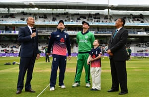 Morgan tosses the coin, Ireland will bowl first.