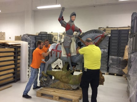 The sculpture of Saint George at the church of Estella in Navarra is restored