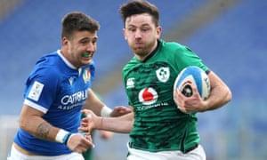 Ireland's Hugo Keenan breaks away to score.