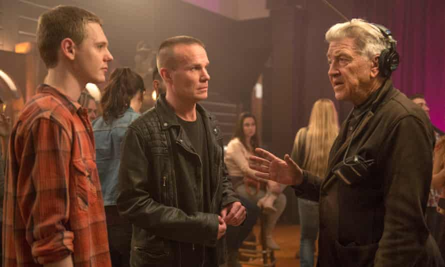 David Lynch on the set of the new Twin Peaks with Jake Wardle and James Marshall.