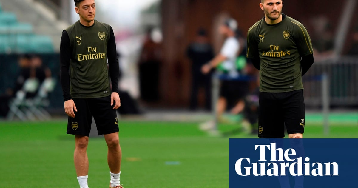 Arsenal's Mesut Özil and Sead Kolasinac ready to play after security concerns