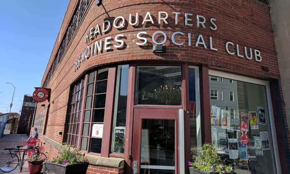 Des Moines Social Club, Iowa.