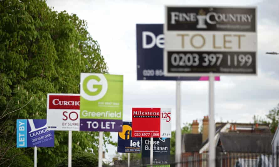Letting agent signs.