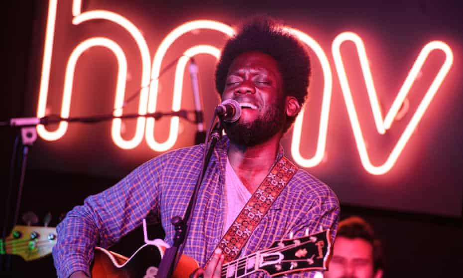 Michael Kiwanuka performing in-store at HMV.