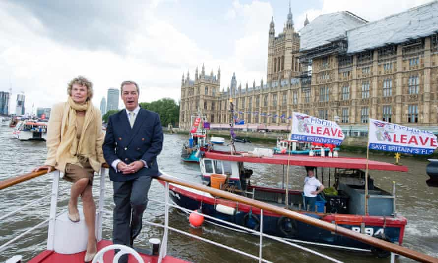 Ukip leader Nigel Farage and Labour MP Kate Hoey join an anti-EU flotilla on the Thames.