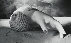 Detail of Untitled (Hand-Shell), 1934, by Dora Maar.