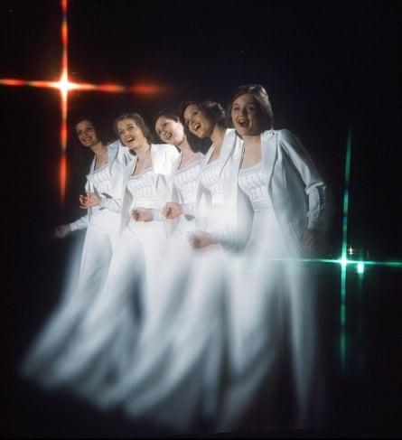 The sisters' 1975 lineup … Anne, Linda, Denise, Maureen and Bernie.