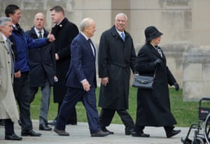 Former secretary of state Colin Powell and former Treasury secretary Nicholas Brady arrive for the funeral.