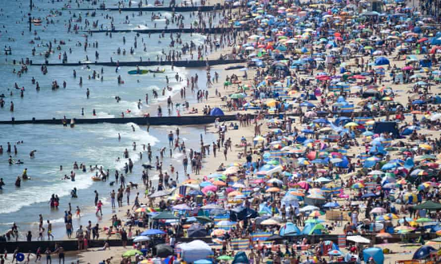 Crowds on Bournemouth beach in June 2020