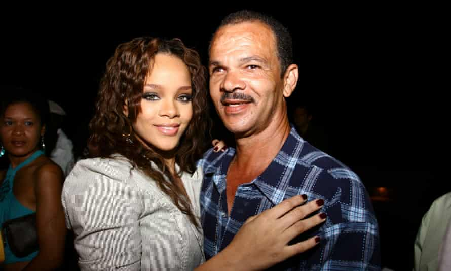 Rihanna with her dad, 2006.