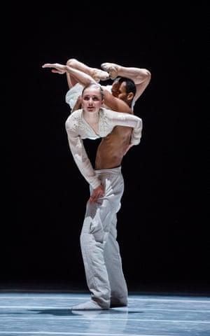 Katarina van den Wouwer and Alexander Anderson in NDT2's Schubert.