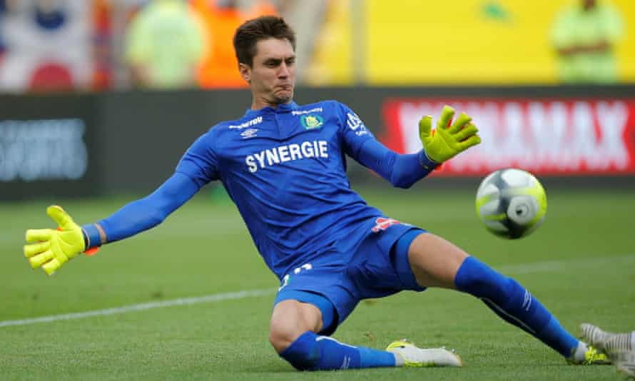 Nantes' Ciprian Tatarusanu thwarts Lyon.