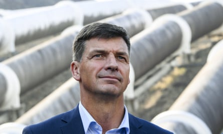 Angus Taylor speaks to the media after a visit to Tumut 3 power station at the Snowy Hydro Scheme on Tuesday.