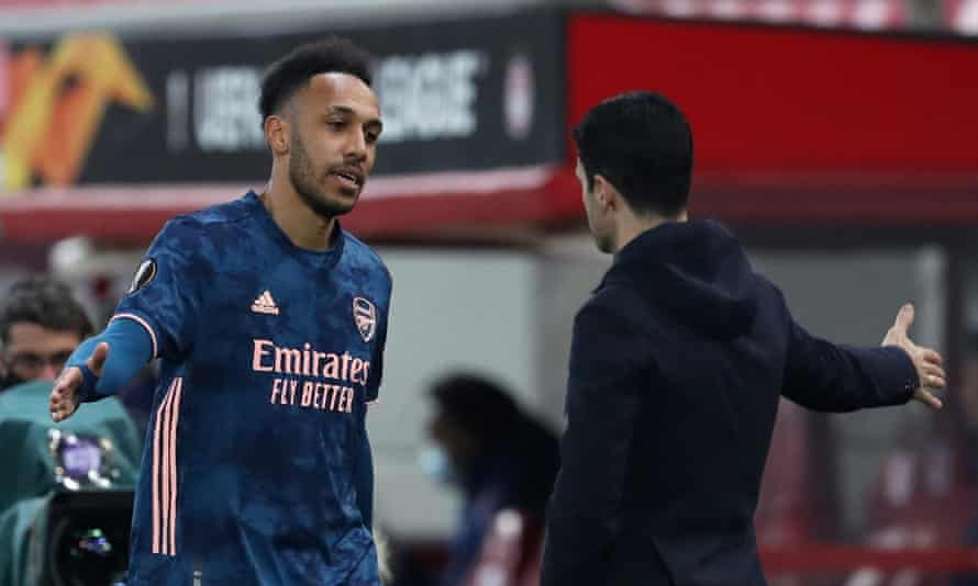 Pierre-Emerick Aubameyang with manager Mikel Arteta after his substitution during Arsenal's win at Olympiakos.