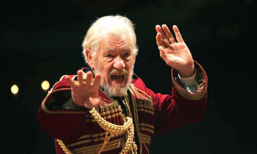 Ten years after his RSC performance, Ian McKellen returns to the role of King Lear.